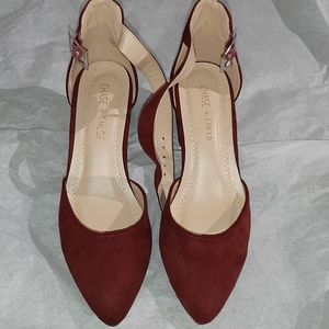 Chase and Chloe shoes 5.5
